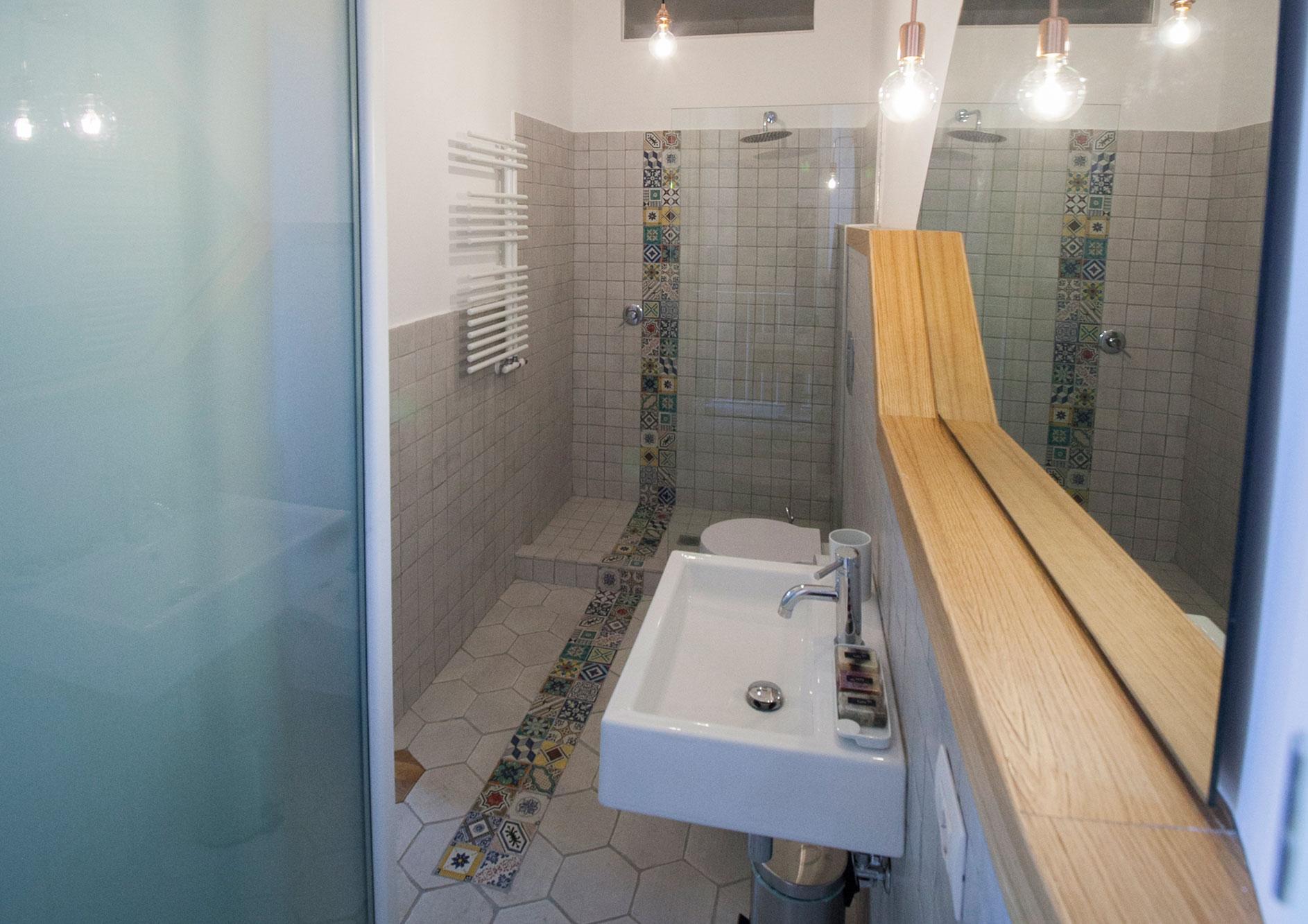 il bagno ampio e spazioso