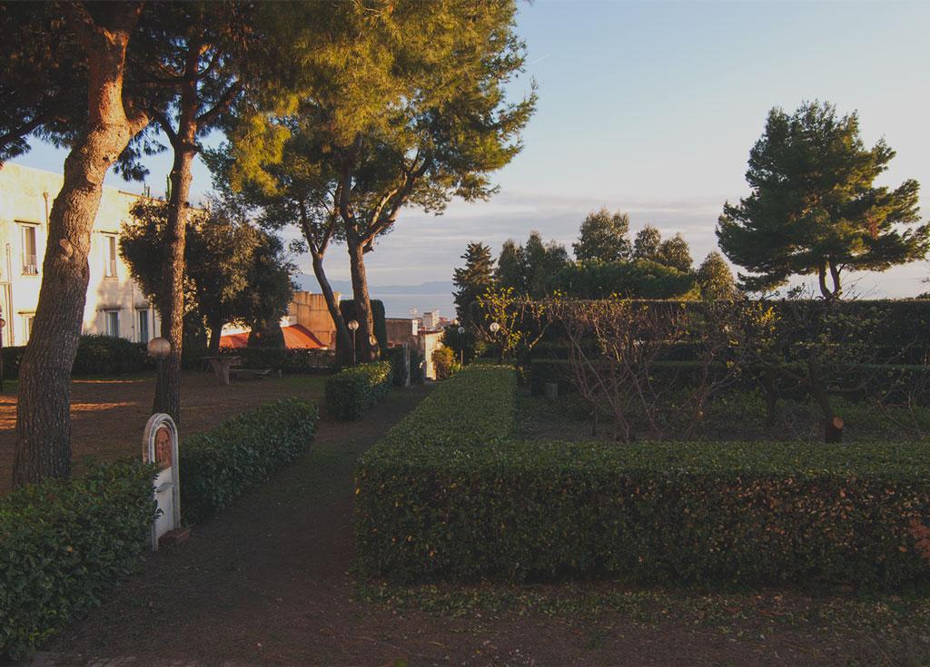 esterno del monastero degli Agostiniani trasformato in casa religiosa per il turismo