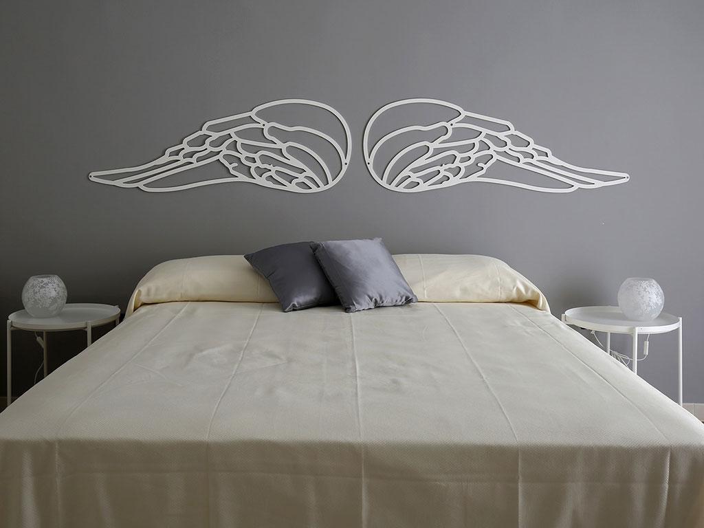 ogni camera del bed and breakfast rappresenta una chiesa di Napoli