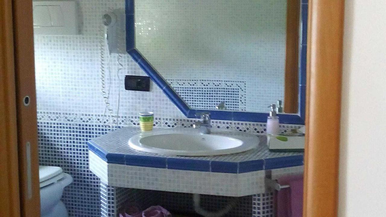 ogni camera del bed and breakfast ha il bagno privato