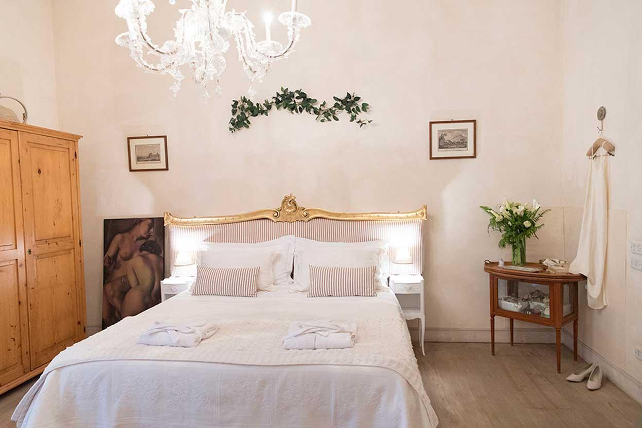 depandance Royale offre una suite riservata dotata di tuitti comfort per organizzare il tuo matrimonio